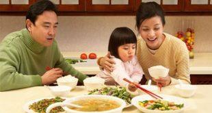 Lưu ý những thực phẩm tuyệt đối không nên cho trẻ ăn nhiều