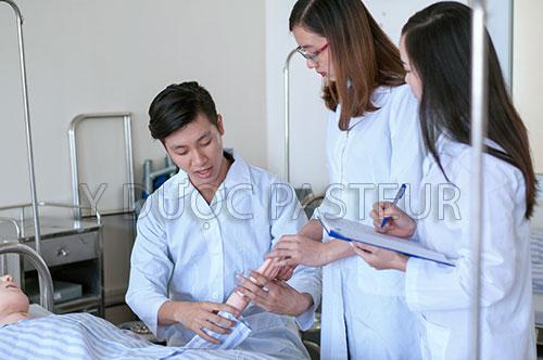 Học Cao đẳng Điều dưỡng có cơ  hội được làm tại nhiều bệnh viện