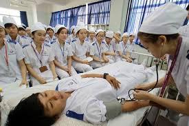 Theo học Trung cấp Y Sĩ đa khoa đang được nhiều thí sinh lựa chọn