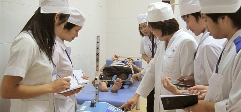 Sau khi tốt nghiệp Trung cấp Y sĩ đa khoa có thể làm những công việc gì?