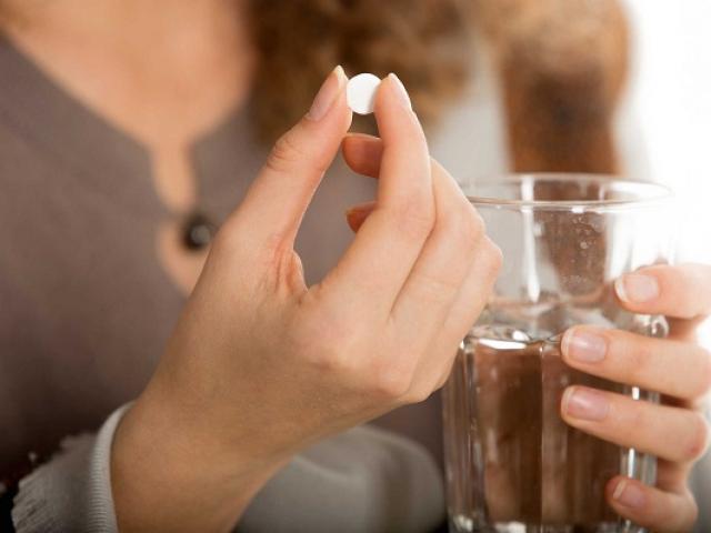 Thuốc tránh thai khẩn cấp gây tác dụng phụ gì?