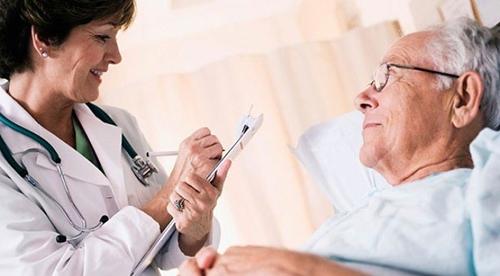 Tress là một trong những nguyên nhân dẫn đến chứng rối loạn ở người cao tuổi
