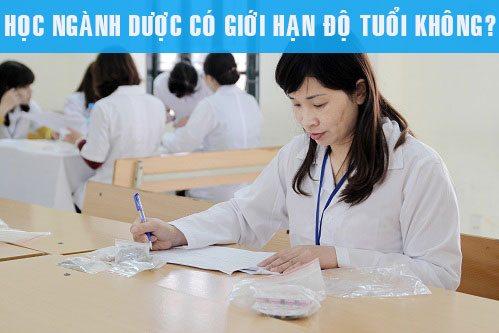 Có quy định độ tuổi học Cao đẳng Dược không?