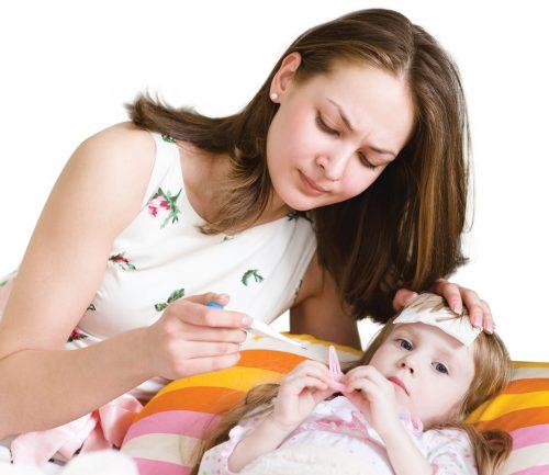 Sốt gây nhiều nguy hiểm khó lường cho trẻ