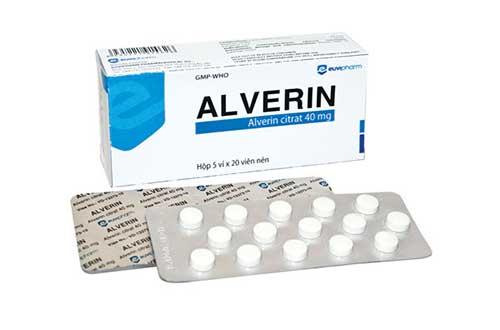 Dược sĩ tư vấn dùng thuốc Alverin