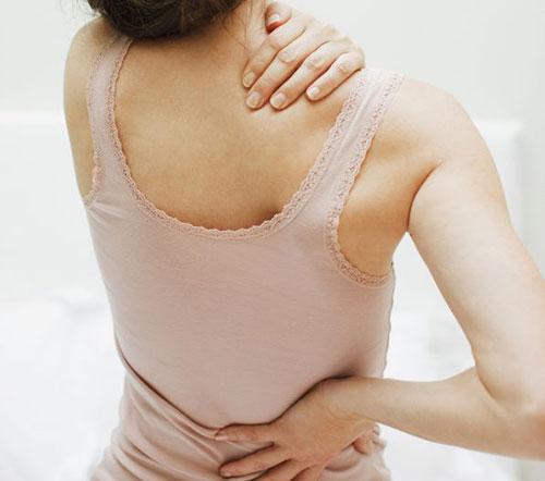 Phụ nữ trên 40 tuổi bị loãng xương dù tích cực bổ sung canxi
