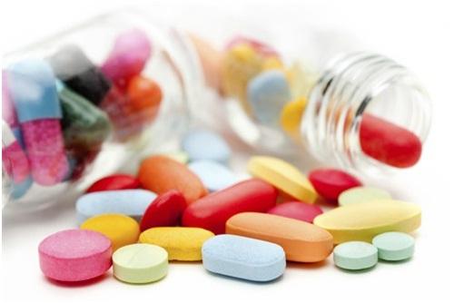 Viêm loét miệng nên hạn chế sử dụng thuốc kháng sinh