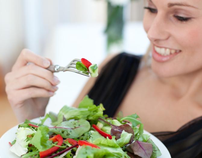 Cà chua thực phẩm cấm kỵ cho người huyết áp thấp