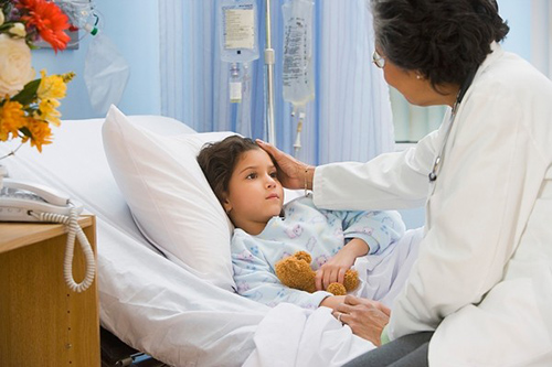 Số trường hợp trẻ nhỏ nhập viện do tiêu chảy tăng một cách đáng kể trong mùa mưa