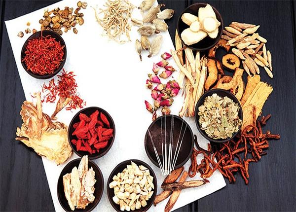 <center><em>Các bài thuốc Đông y giúp tăng cân hiệu quả</em></center>