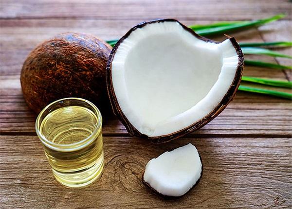 <center><em>Công dụng của dầu dừa là gì?</em></center>
