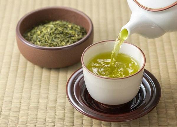 <center><em>Công dụng lý tưởng của việc uống trà xanh mỗi ngày</.em></center>