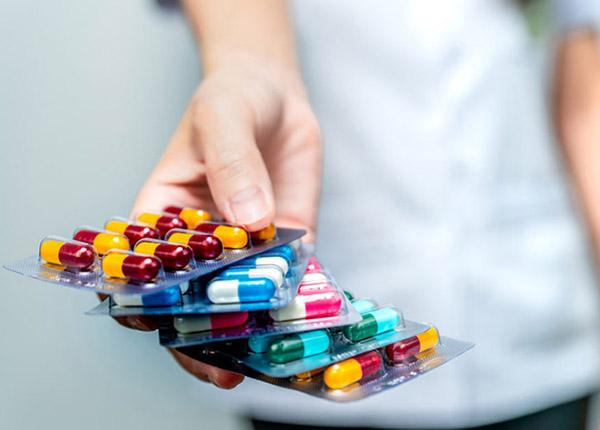 Những điều bạn cần chú ý khi dùng kháng sinh